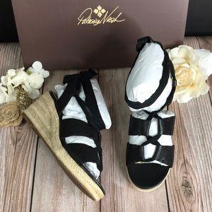 Patricia Nash Black Leather Wedge Sandals 6M